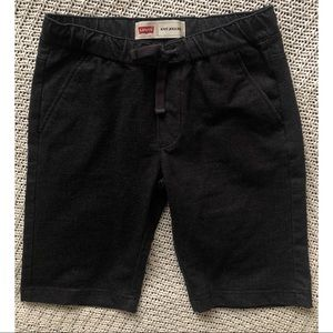 Levi's knit joggers boys sz M (10-12 years)